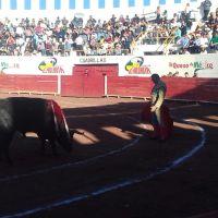 Sergio Flores se impone en el mano a mano con Enrique Ponce