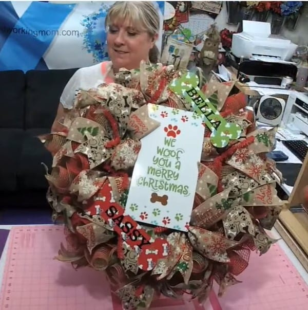 Picture of the Final Dog Christmas Wreath at Hard Working Mom