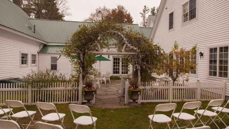 hardy farm maine barn wedding