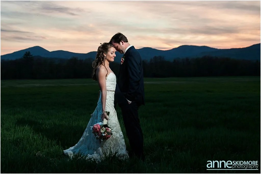 Maine barn venue_hardy farm_anne skidmore photography_sunset