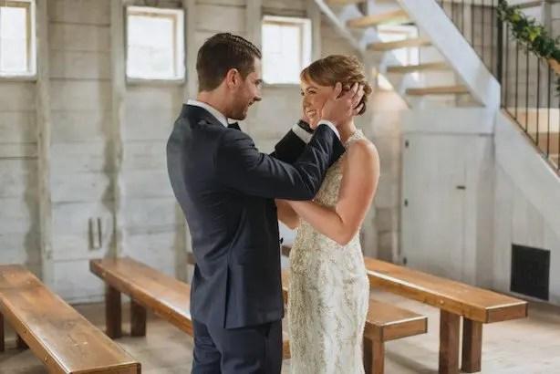 barn-wedding-in-maine-05-899x600