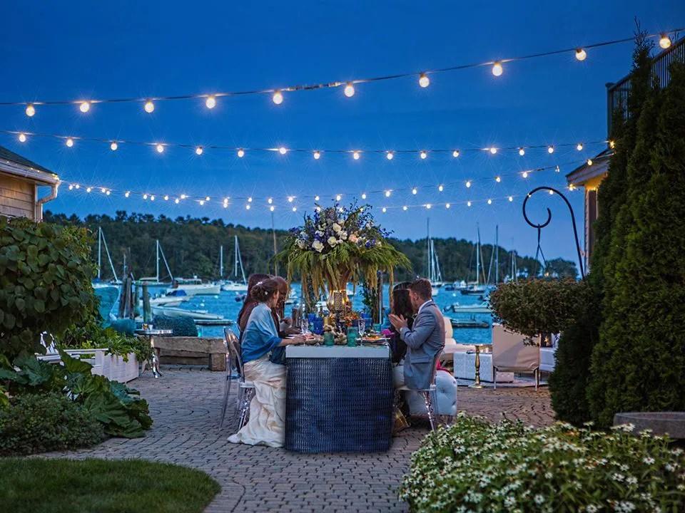 coastal-maine-wedding_barn_boathouse6