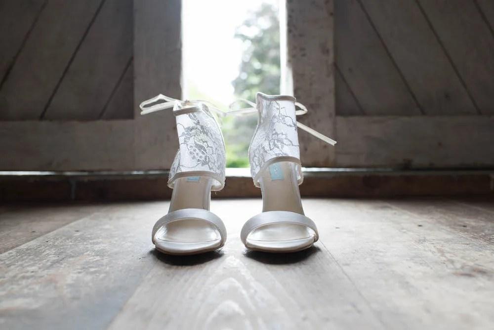 maine-barn-wedding-ac-freebirdphoto1