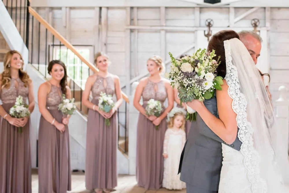 maine-barn-wedding-ac-freebirdphoto2-1