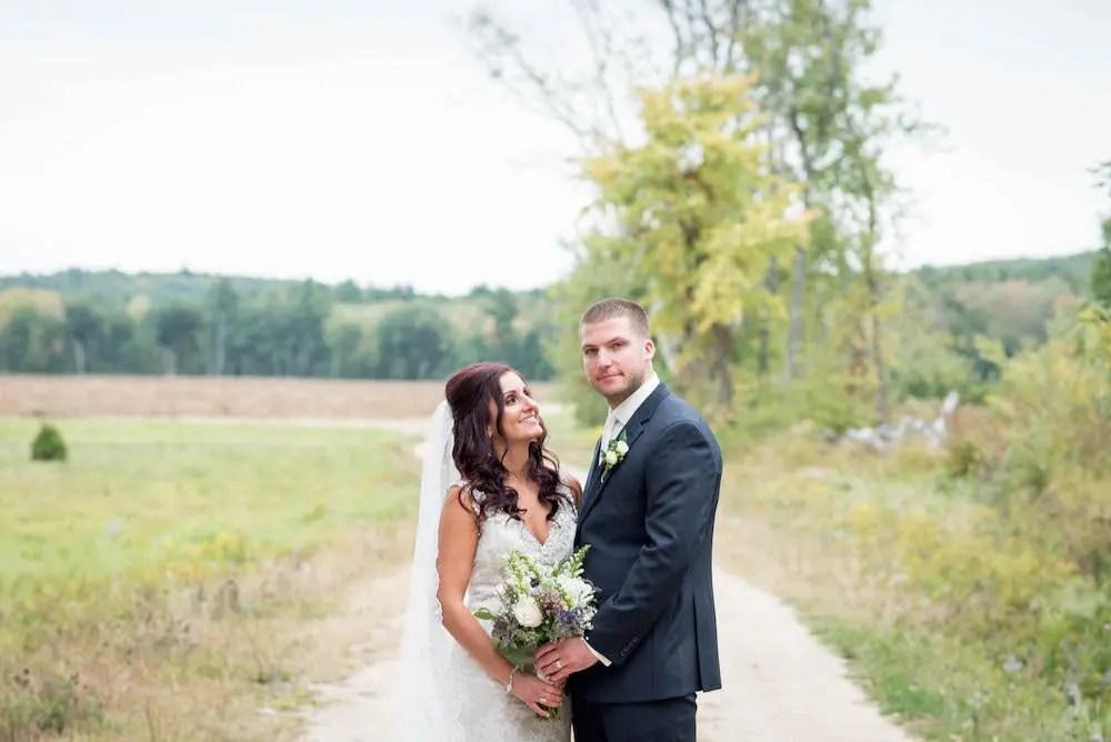 maine-barn-wedding-ac-freebirdphoto3-3