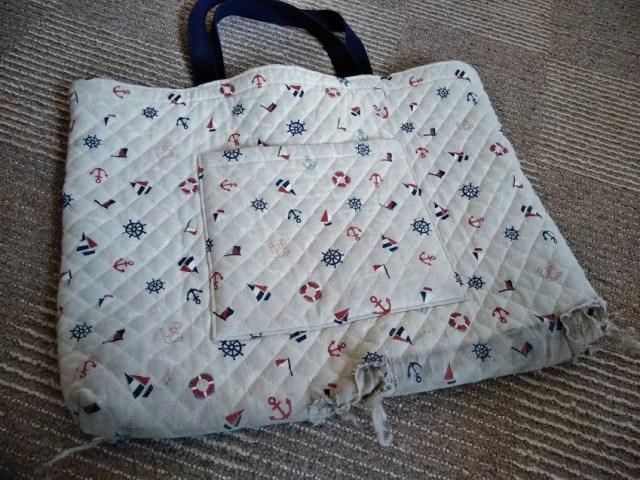 ボロボロのレッスンバッグ