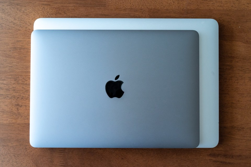 MacBook12inchとMacBook13inchの比較