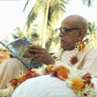 MEMBERS OF ALL RELIGIOUS SECTS REFER AND READ SRILA PRABHUPADA'S BOOKS