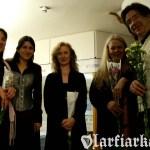 Z Roisin Elsafty, Siobhan Armstrong, Ann Heymann i Andrew Lawrence Kingiem, Scoil na gCláirseach 2008.