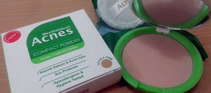 Acnes Compact Powder (sumber: shopee.co.id)