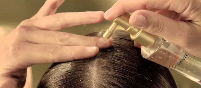 Aplikasi Harga Pantene Leave on Treatment Hair Strength Tonic (youtube: Pantene Brasil)