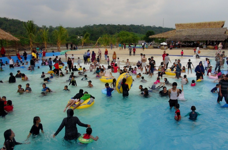tiket masuk waterpark cikao park
