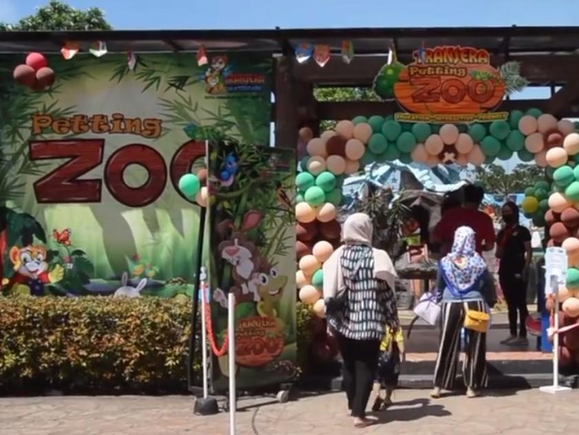tiket masuk transera petting zoo