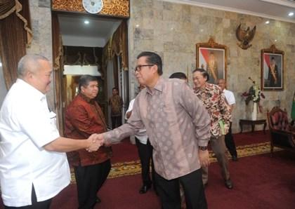 Berita Sumsel: Gubernur Menerima Diektur Utama Perumnas di Griya Agung