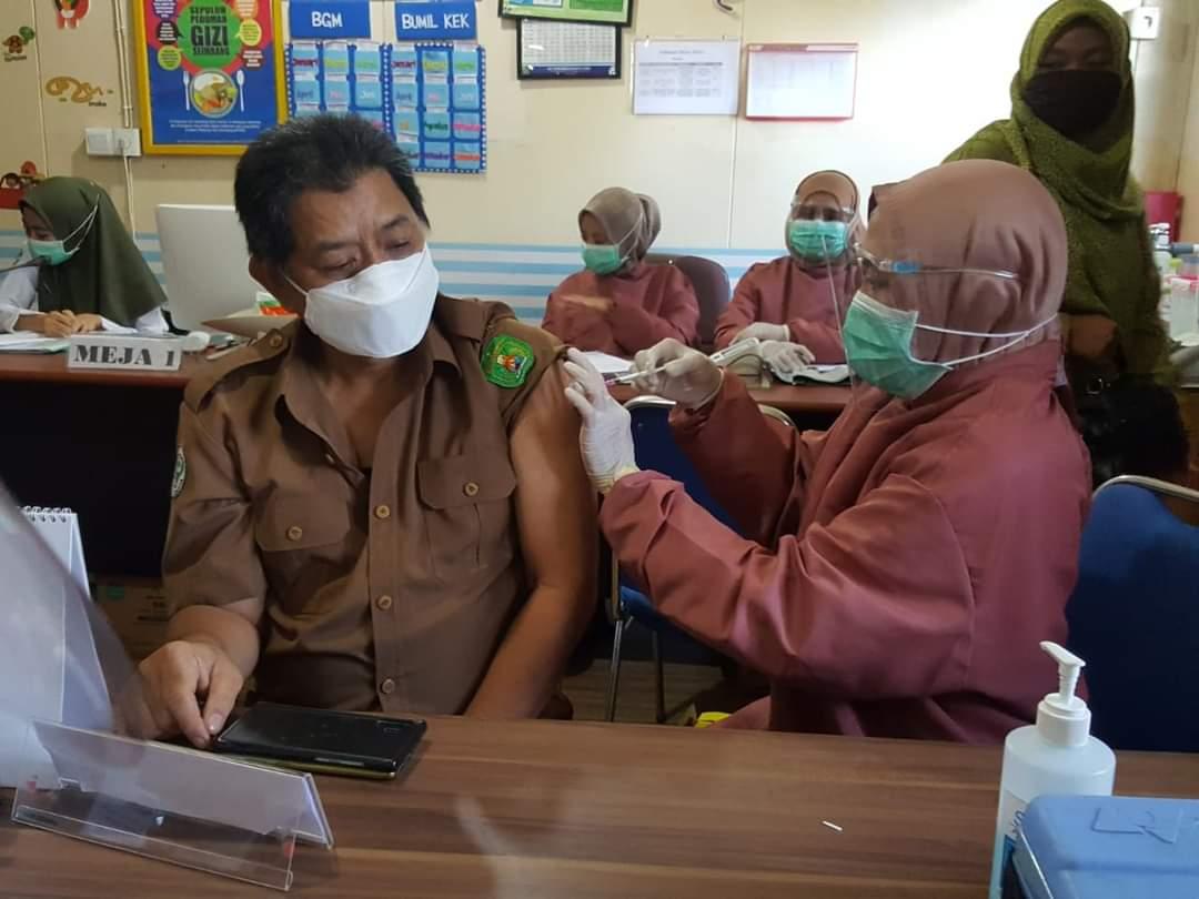 Kutim Suntikkan Lagi Vaksin Sinovac Tahap Dua Ke 3.080 Orang