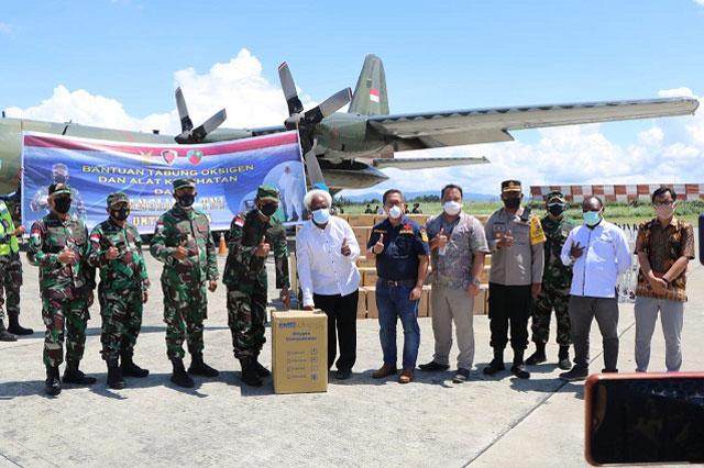 Bantuan Tabung Oksigen dan Alkes Panglima TNI Tiba di Papua