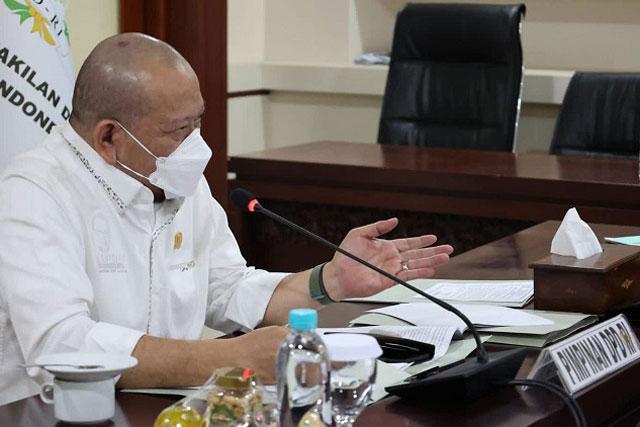 Ketua DPD RI Minta Tambahan Bansos PPKM Darurat Segera Dibagikan