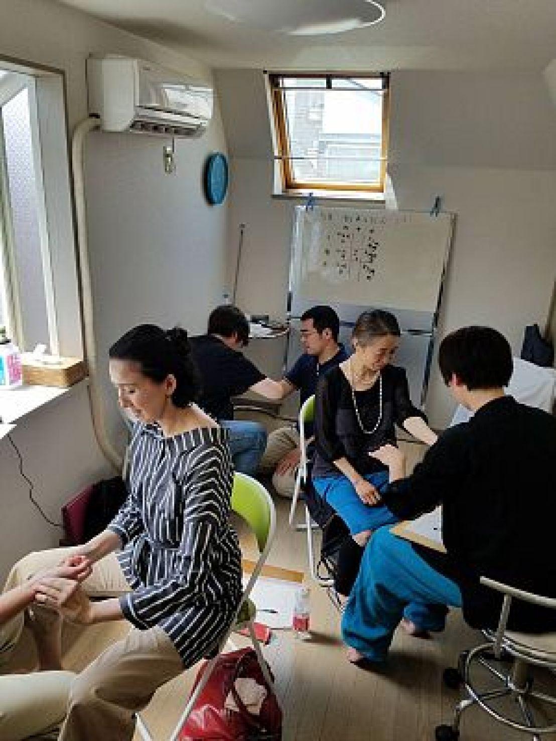 鍼道五経会・脈診講座の写真