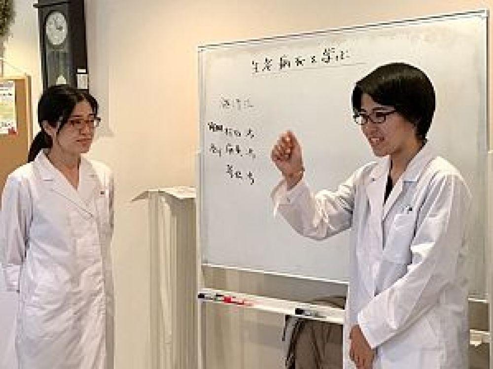 鍼道五経会の生老病死を学ぶの講座風景の写真