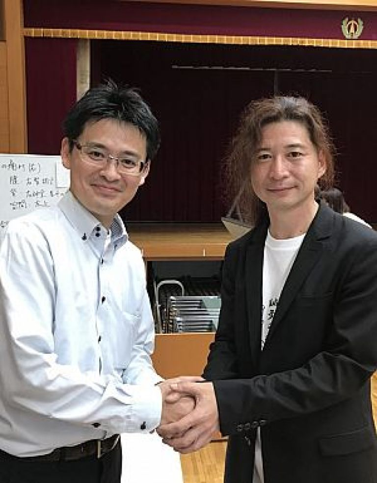 北辰会の藤本新風先生と鍼道五経会の足立繁久先生