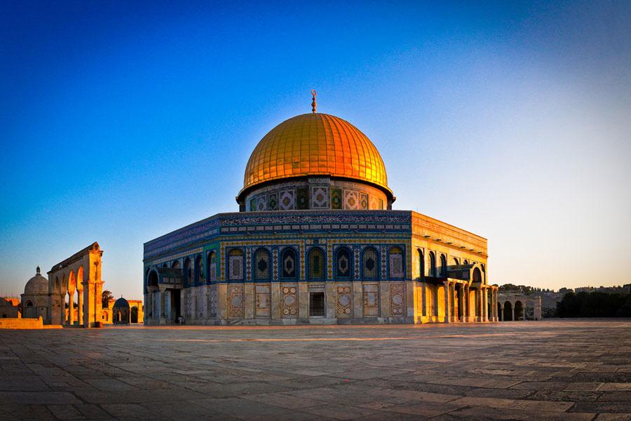 Pergeseran Profetik Monumental Terjadi di Bukit Bait Suci, Sementara Pintu Gerbang Messianik Terbuka Lebar