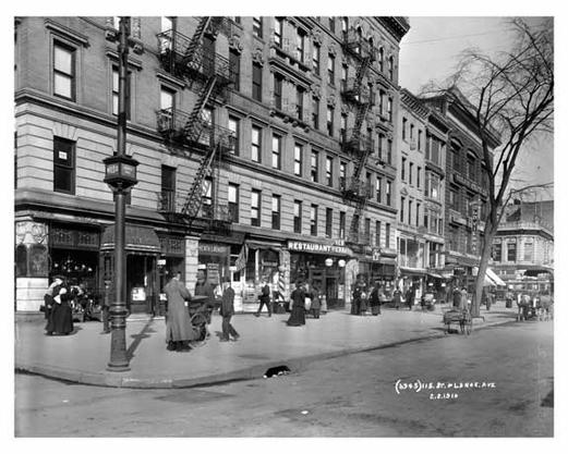 upclose-view-of-lenox-avenue-115th-street-harlem-ny-1910-36