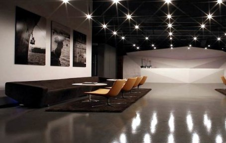 roseate-interiors-modern-office-reception-lighting-design-luxury-offices-interior-design-600x380