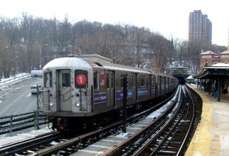 1_train_at_dyckman