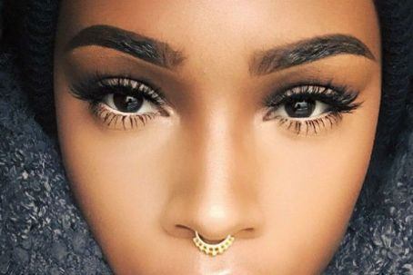 how-to-thicken-eyelashes1