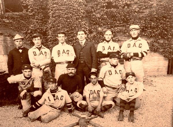 deer-baseball-atheltic-club-harlem-ny1