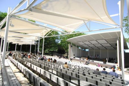 the-amphitheater-in-marcy-garvey-park-slider