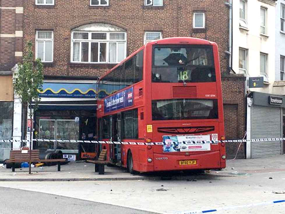 18 bus crashes into a shop in Harlesden