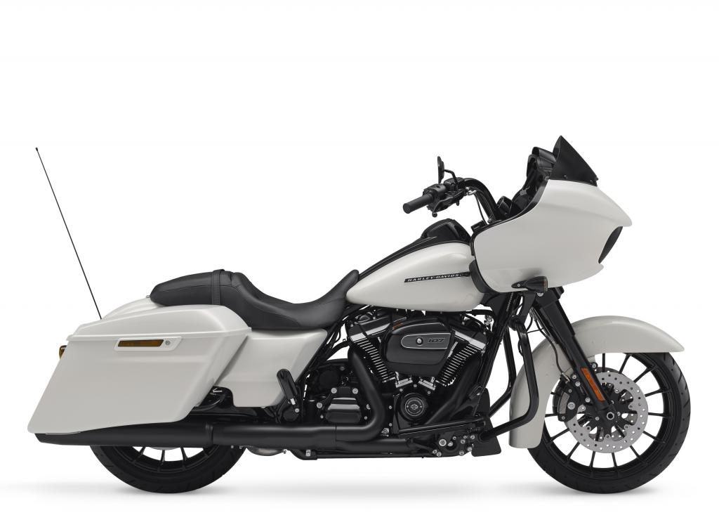 Motocykel Harley-Davidson touring Road Glide Special