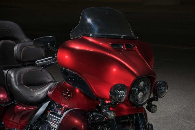 Motocykel Harley-Davidson CVO Limited model 2018
