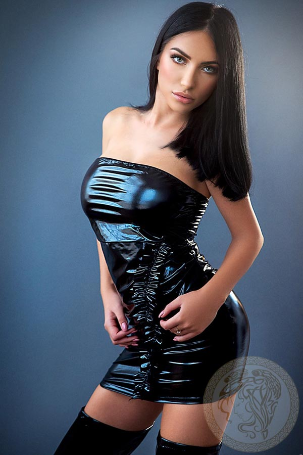london-escort-rebeka-4