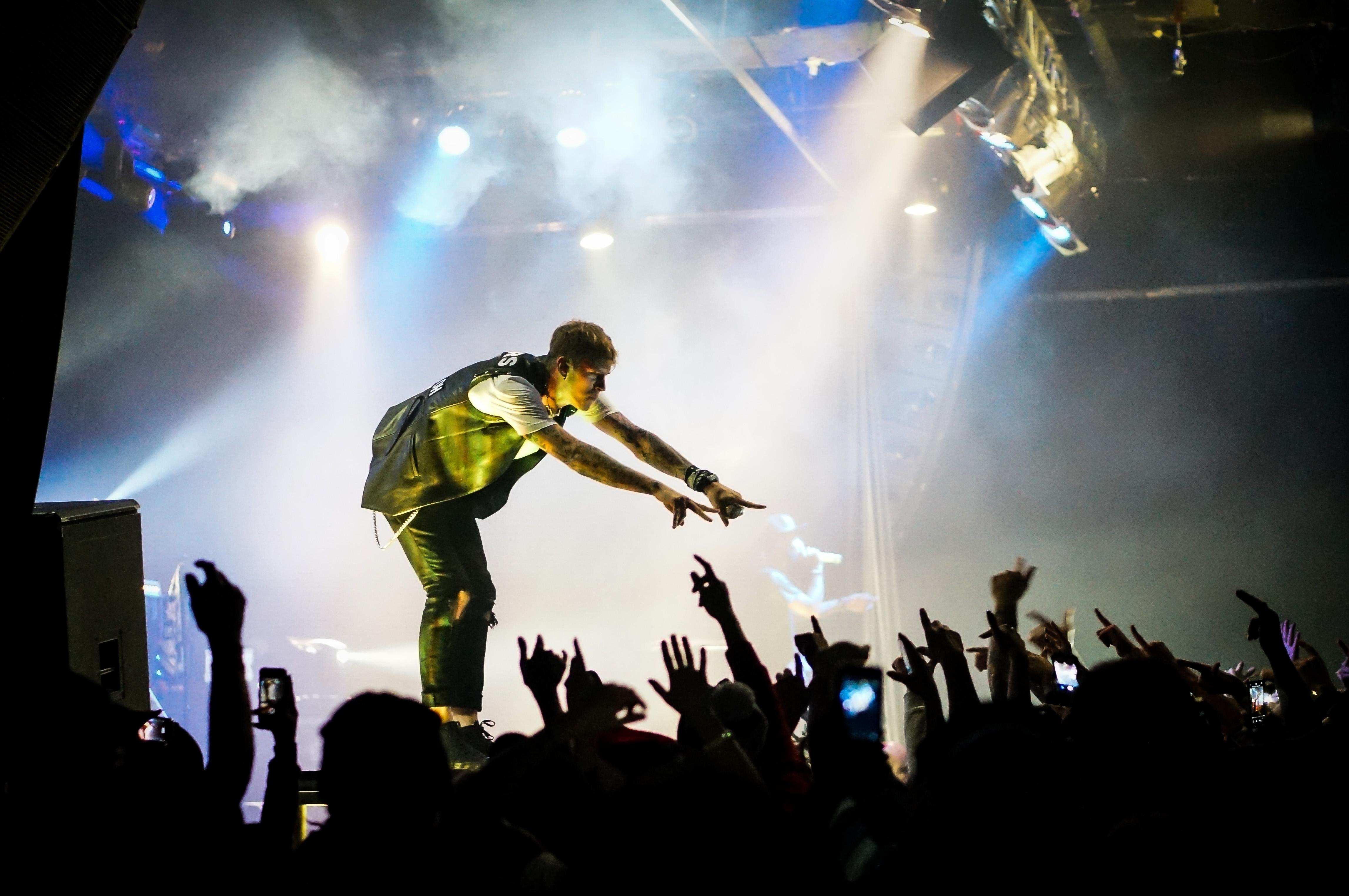 Machine Gun Kelly @ Kool Haus (Raging With Reindeer 2 Tour, 2013)