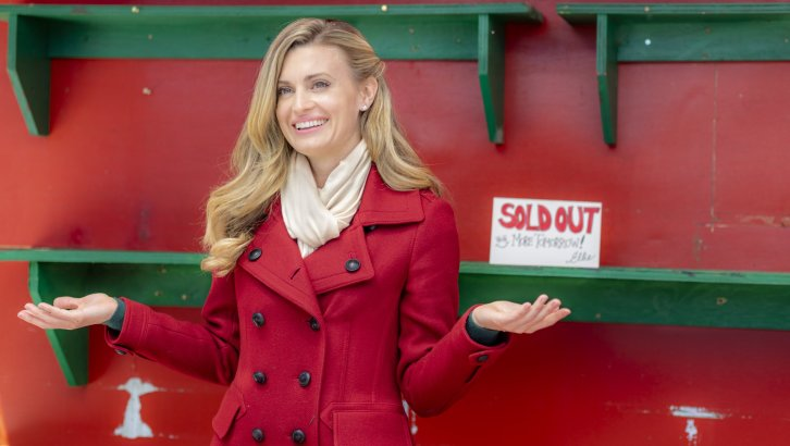 "Exclusive: An Interview With Brooke D'Orsay From Hallmark Channel's ""Christmas In Love"" (2018)"