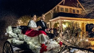 Marrying Father Christmas (4)