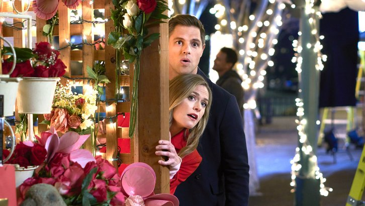 "Preview: ""The Story Of Us"" A Hallmark Channel ""Countdown To Valentine's Day"" Original Movie (2019)"