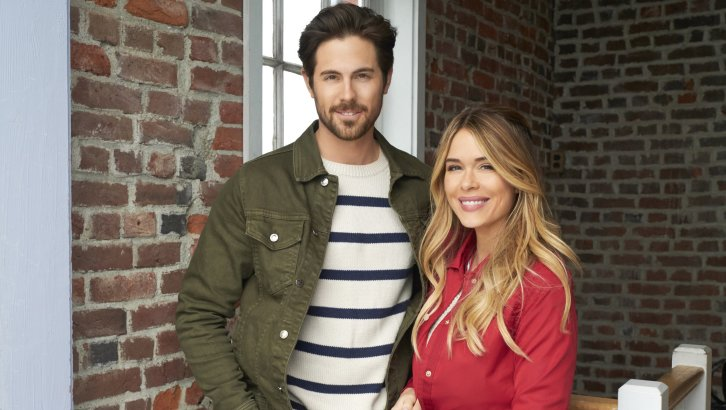 "Preview: ""Sailing Into Love"" A Hallmark Channel ""Countdown To Summer"" Original Movie (2019)"