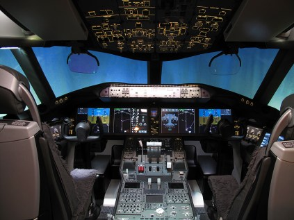 dreamliner-cockpit-2