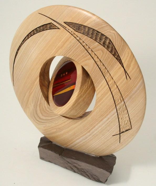 Mini discus sculpture slate base