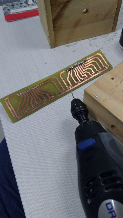 placa-LEDS-furada