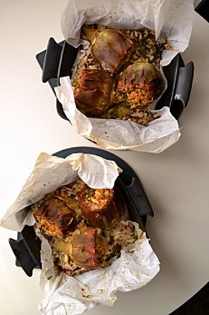 Baked Artichokes with Brown Rice & Spinach (CSC_0595)2