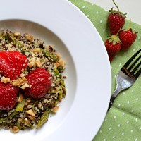Quinoa, Asparagus & Strawberry Salad