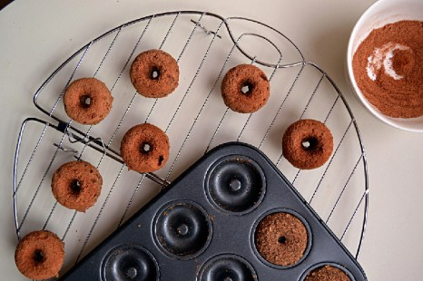 Buckwheat Cinnamon Coffee Cake Donuts (DSC_0409-2)