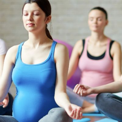 Pregnancy yoga class dartford