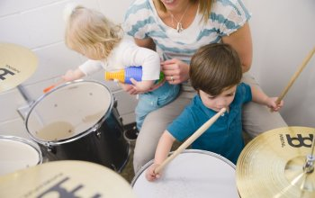 Teaching Early Intervention Parents to Use Music at Home