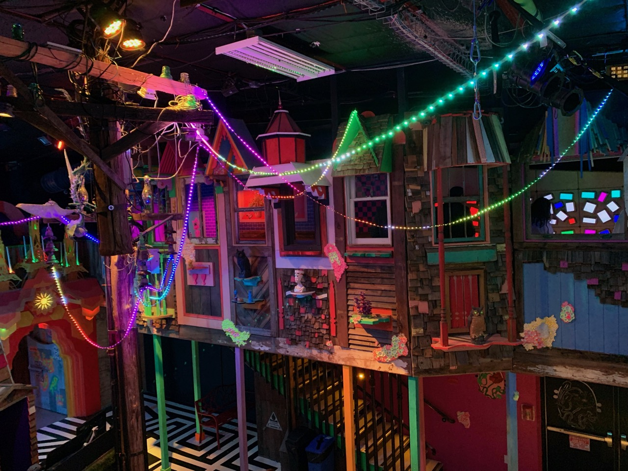 Meow Wolf Main room from above
