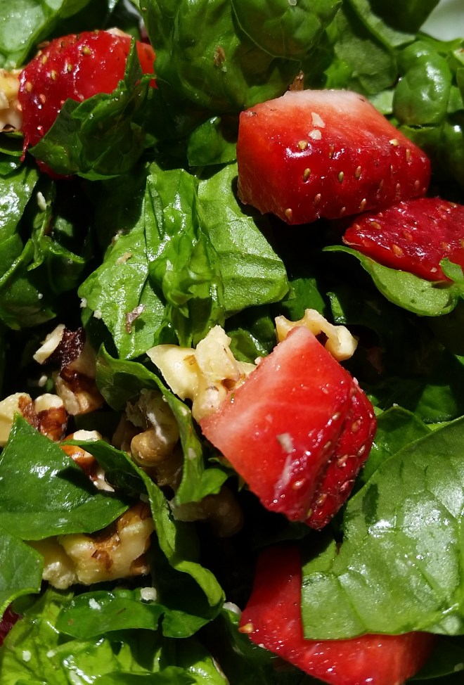strawberry spinach salad (2)
